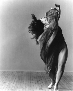 Jeanne Bresciani in Doris Humphrey's Water Study.  Photo: Lois Greenfield